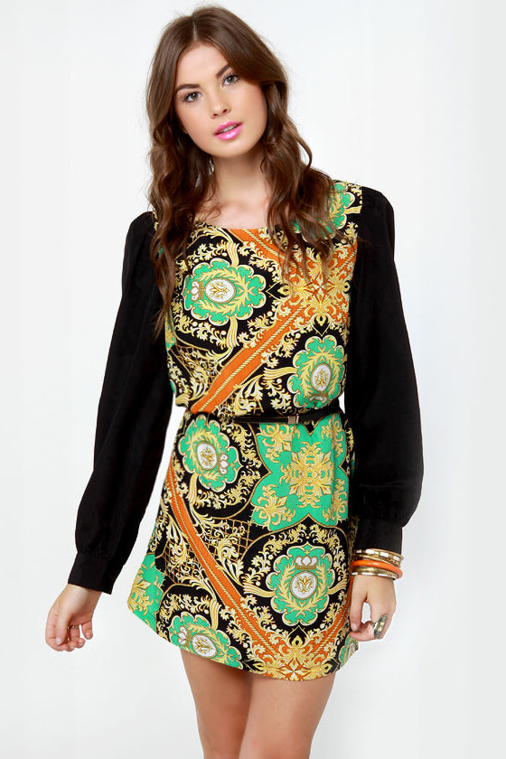 British Invasion Black Scarf Print Shift Dress at Lulus.com!