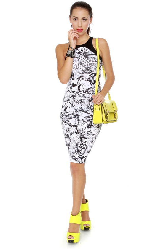 Motel Nina Black and White Print Dress