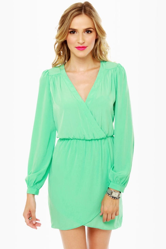 V Neck Faux Wrap Long Sleeve Tie Belt Knit Dress. Model in Beyove Women Long Sleeve Ruched V-Neck Pencil Sexy Solid Bodycon Party Banquet Dress. by Beyove. $ - $ $ 25 $ 27 99 Prime. FREE Shipping on eligible orders. Some sizes/colors are Prime eligible. Product Features.