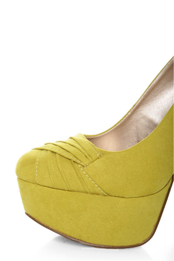 Qupid Penelope 47 Yellow Suede Ruched Platform Pumps