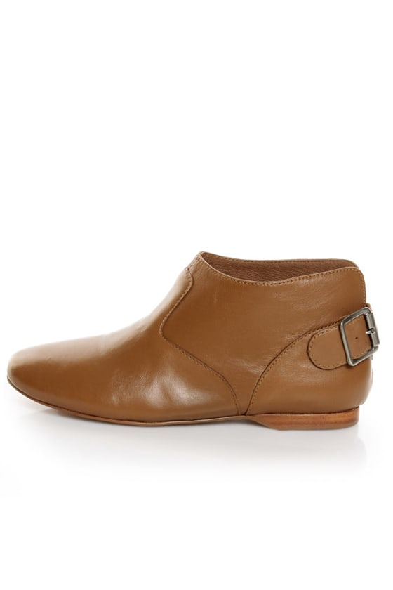 Report Georgiana Dark Tan Leather Belted Ankle Boots