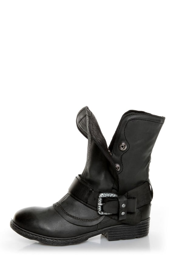 Report Woods Black Belted Convertible Motorcycle Boots at Lulus.com!