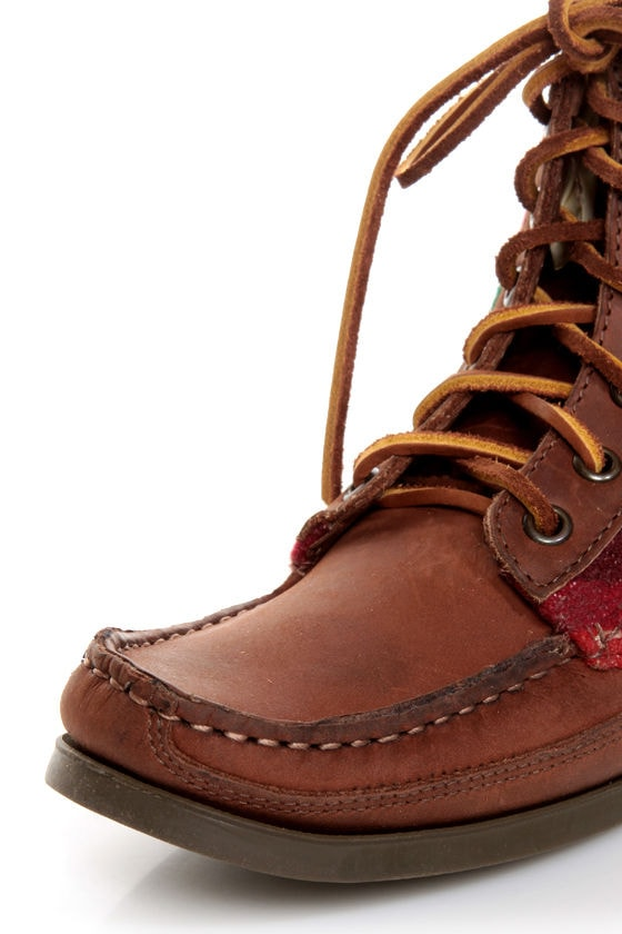 2568 Samosa Brown Pendleton Wool Southwest Print Lace-Up Boots