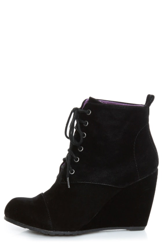 Blowfish India Black Fawn Lace-Up Wedge
