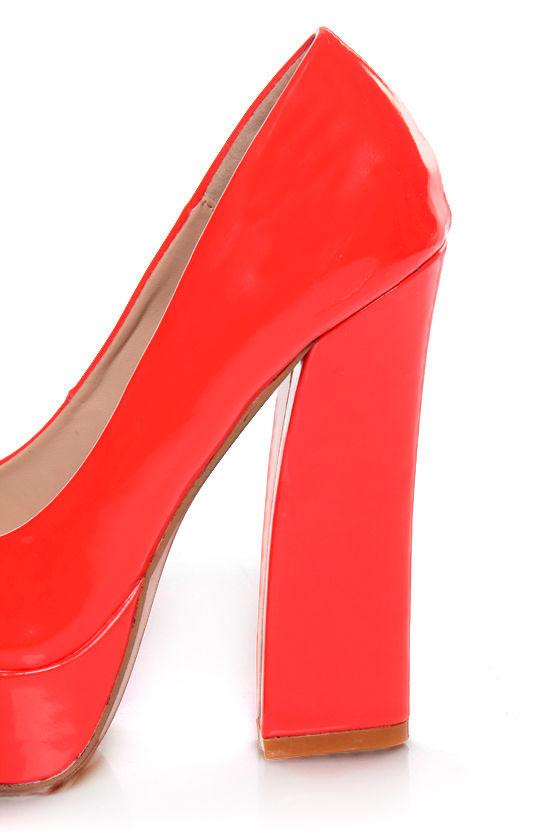 Bonnibel Blooming 2 Coral Patent Peep Toe Platform Heels at Lulus.com!