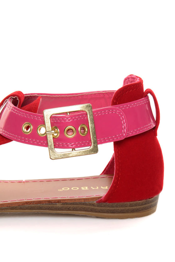 Bamboo Ashley 27X Red & Pink Thong Sandals at Lulus.com!