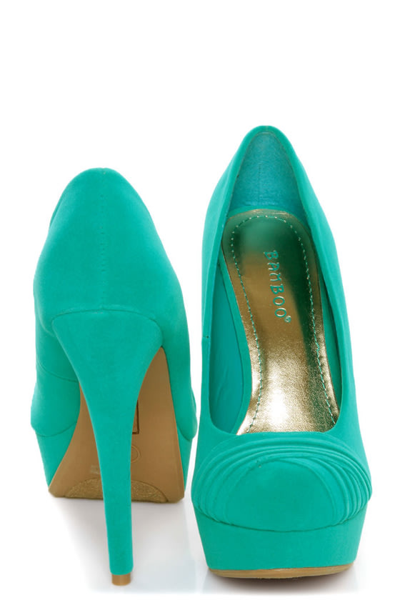 Bamboo Ericka 04 Sea Green Suede Ruched Platform Heels at Lulus.com!