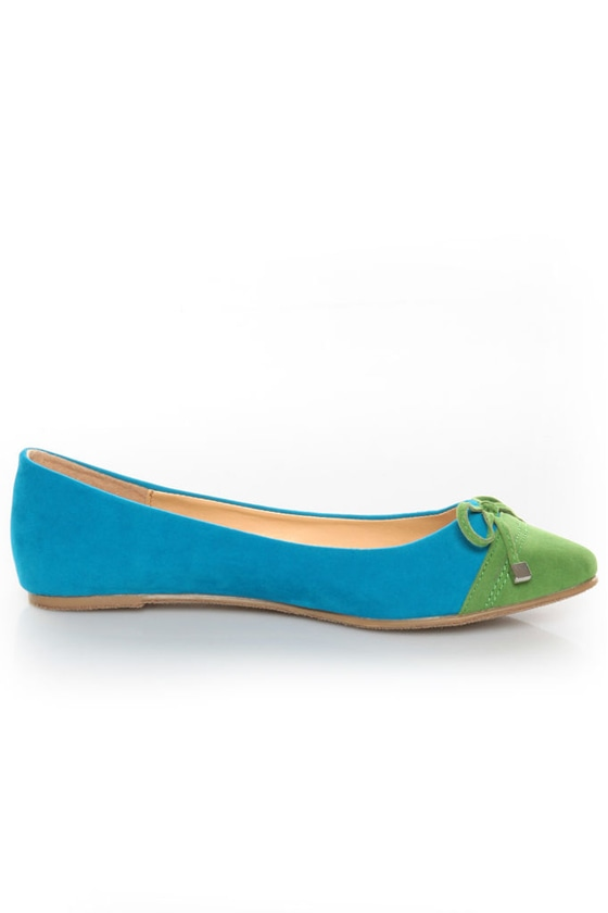 Bamboo Jump 30 Turquoise and Green Cap-Toe Pointed Flats at Lulus.com!