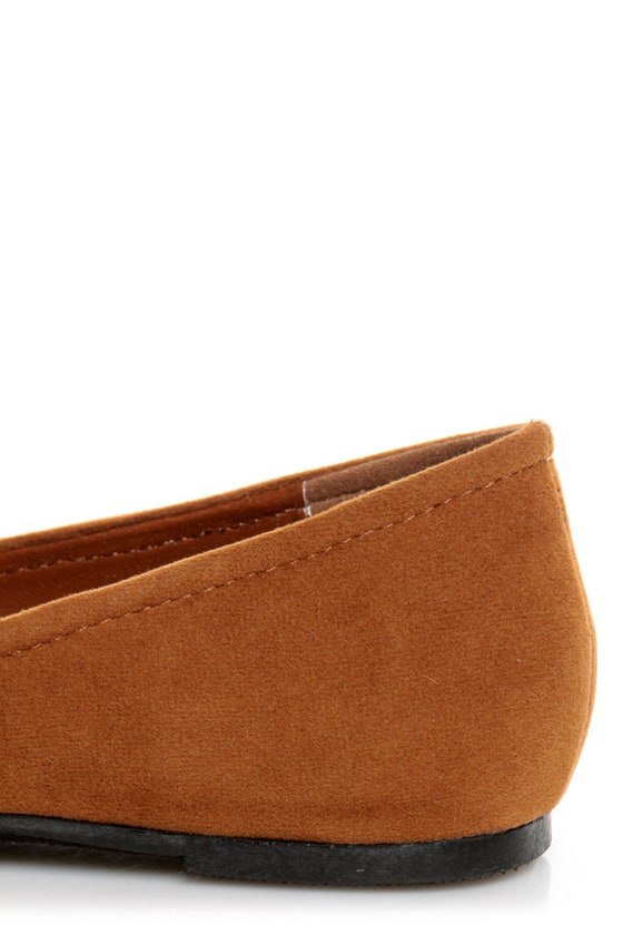 Bamboo Jump 38 Black and Tan Two-Tone Pointed Flats