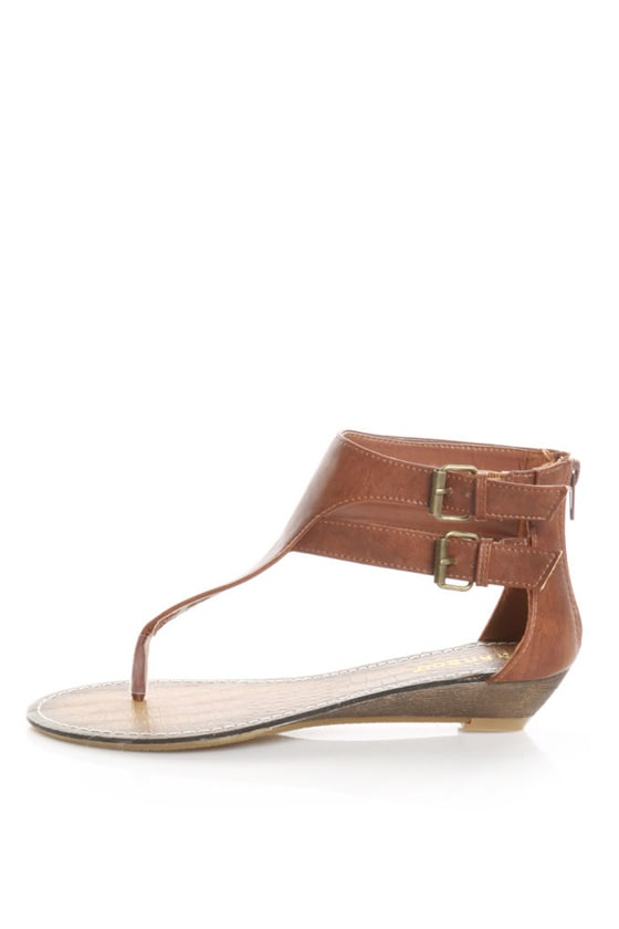 Bamboo Lockin 14 Chestnut Brown Ankle Strapped Thong Sandals