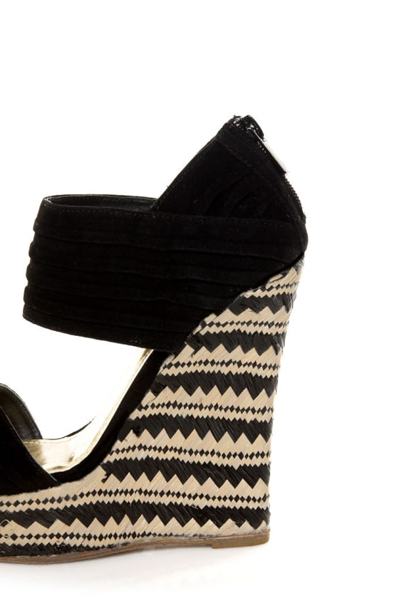 Bamboo Pompey 12 Black Pleated Cuff Platform Wedges at Lulus.com!