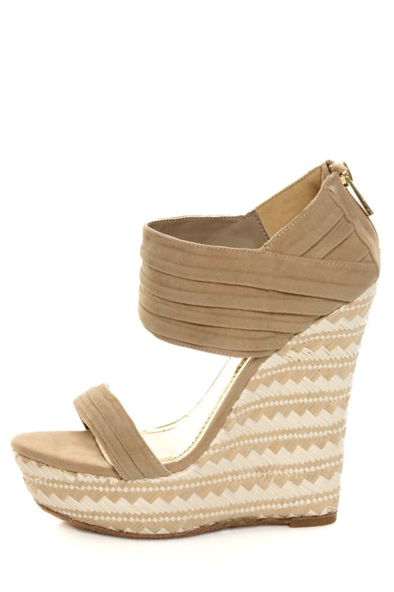 Bamboo Pompey 12 Natural Pleated Cuff Platform Wedges