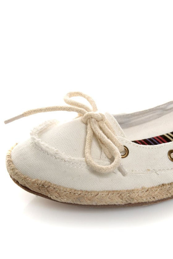 Bamboo Singing 01 White Canvas Boat Shoe Skimmer Flats