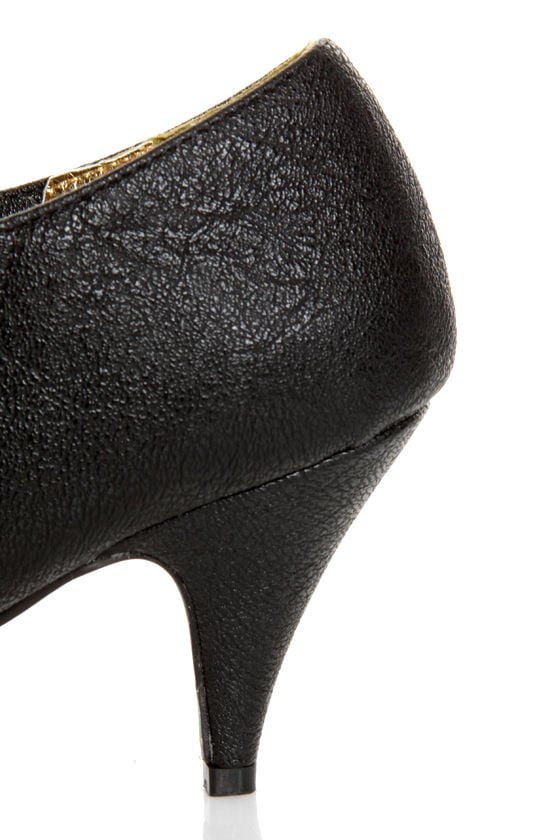 B.A.I.T. Hilda Black Pointed Shootie Booties