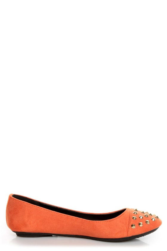 City Classified Gloria Burnt Orange Studded Cap-Toe Flats at Lulus.com!
