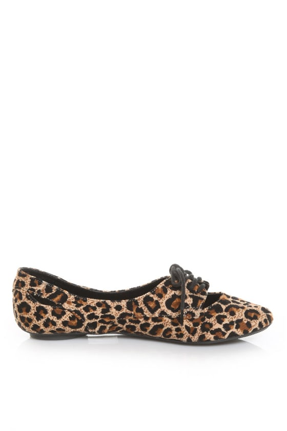 CityClassified Graben Tan Cheetah Cord Cutout Oxford Flats