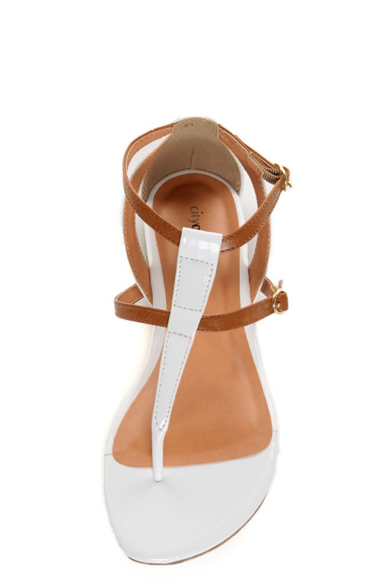 City Classified Rovia White & Light Tan T Strap Thong Sandals
