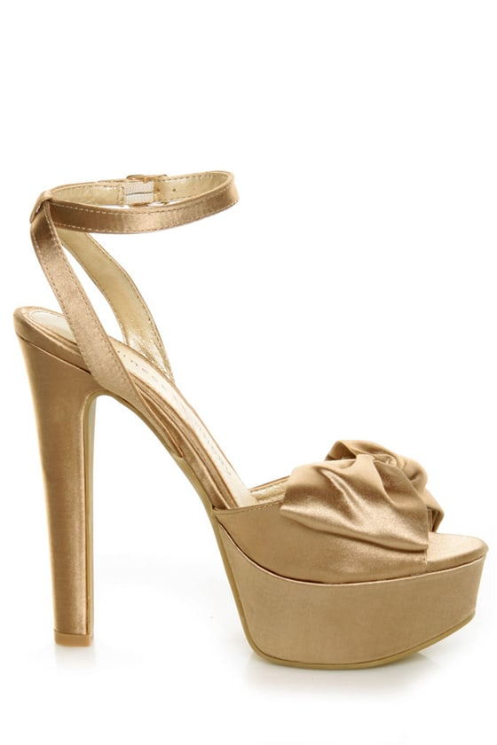 Chinese Laundry Forget You Nude Satin Platform Pumps at Lulus.com!