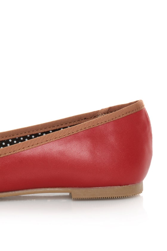 CL by Laundry Get Down Hudson Red and Tan Ballet Flats