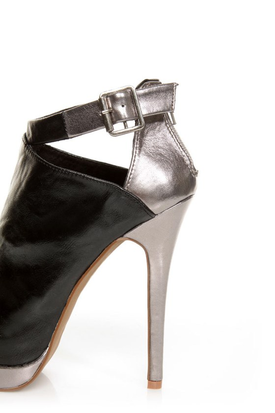 C Label Jocelyn 54 Black and Silver Peep Toe Platform Booties at Lulus.com!