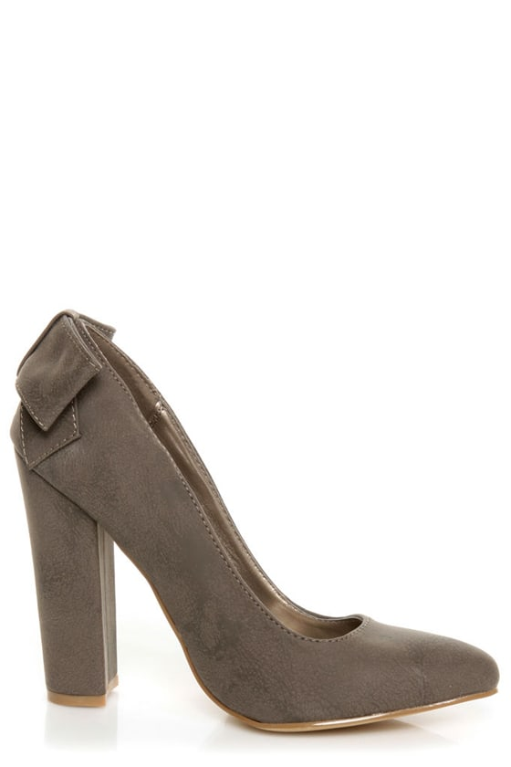 C Label Kristy 6 Taupe Burnished Back-Bow Pointed Chunky Heels at Lulus.com!