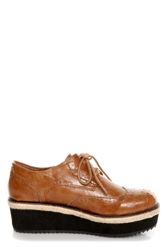 C Label Nata 6 Tan Brogue Creeper Platform Oxfords at Lulus.com!