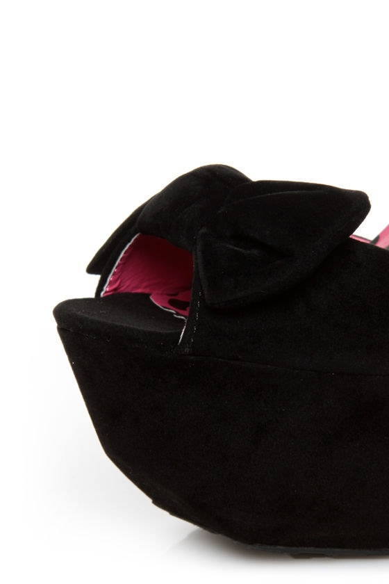 Dollhouse Flaunt Black Peep Toe Platform Pumps