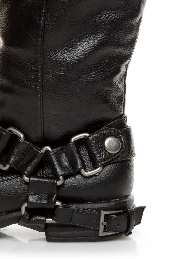 Dollhouse Hit Black Biker Babe Belted OTK Motorcycle Boots at Lulus.com!