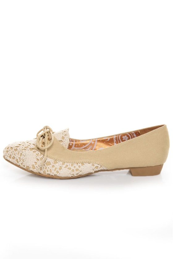 Dollhouse Holly Beige Canvas & Lace Flats