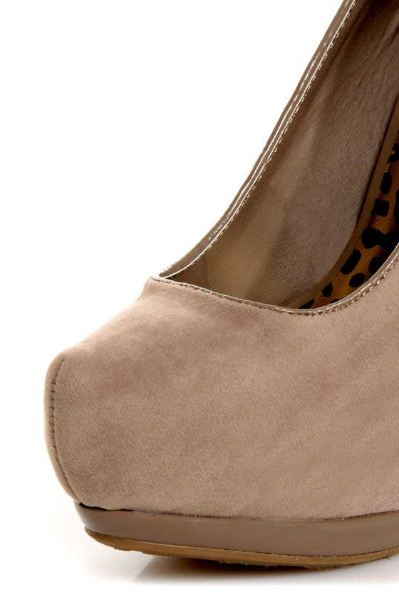 Dollhouse Notorious Taupe Studded Platform Pumps at Lulus.com!