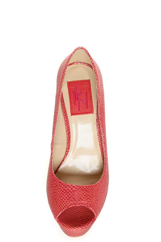Fahrenheit Anne 24 Red Coral Snakeskin Peep Toe Platform Heels at Lulus.com!