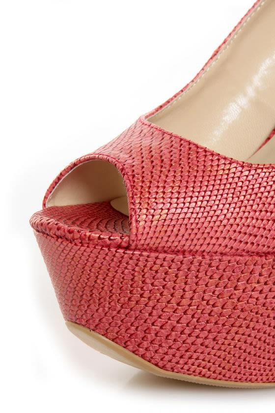 Fahrenheit Anne 24 Red Coral Snakeskin Peep Toe Platform Heels