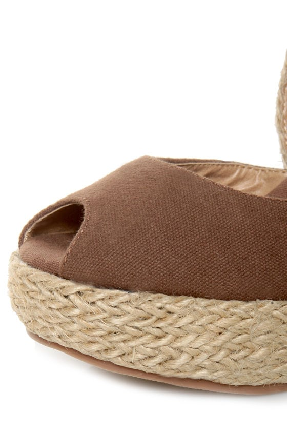 GoMax Moki 08 Brown Canvas Espadrille Wedge Sandals at Lulus.com!