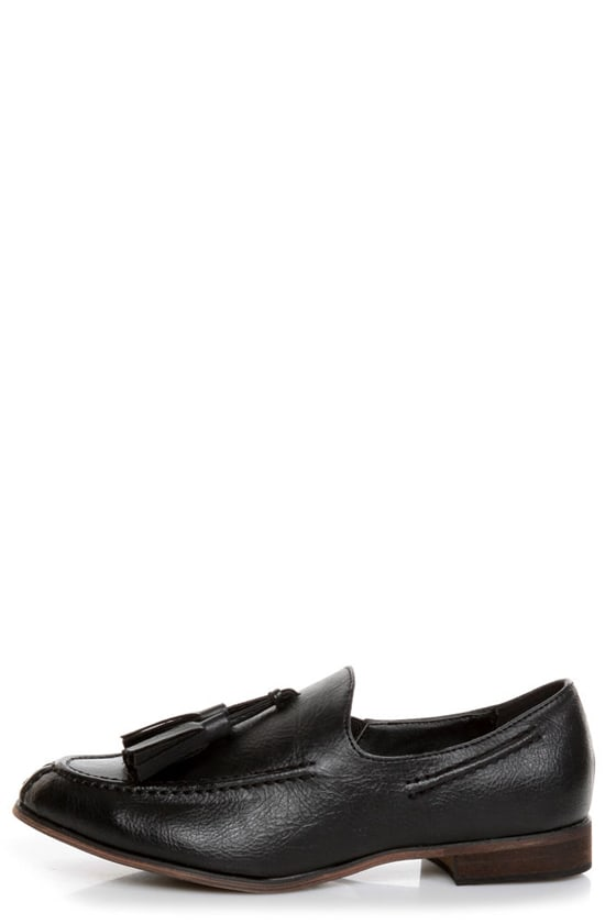 Oxy 4 Black Slip-On Tassel Loafers at Lulus.com!