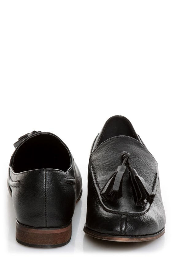 Oxy 4 Black Slip-On Tassel Loafers