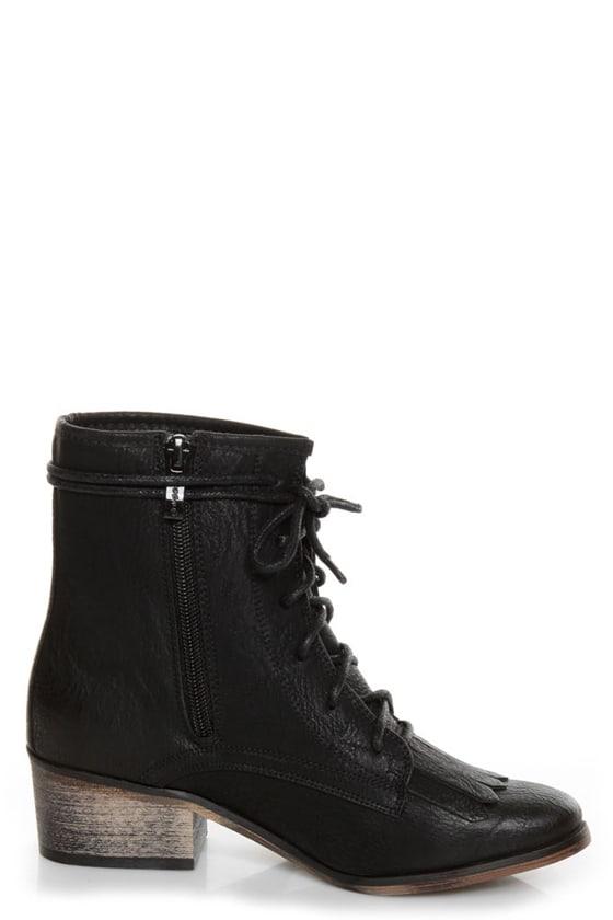 Pisa 25 Black Kiltie Lace-Up Ankle Boots