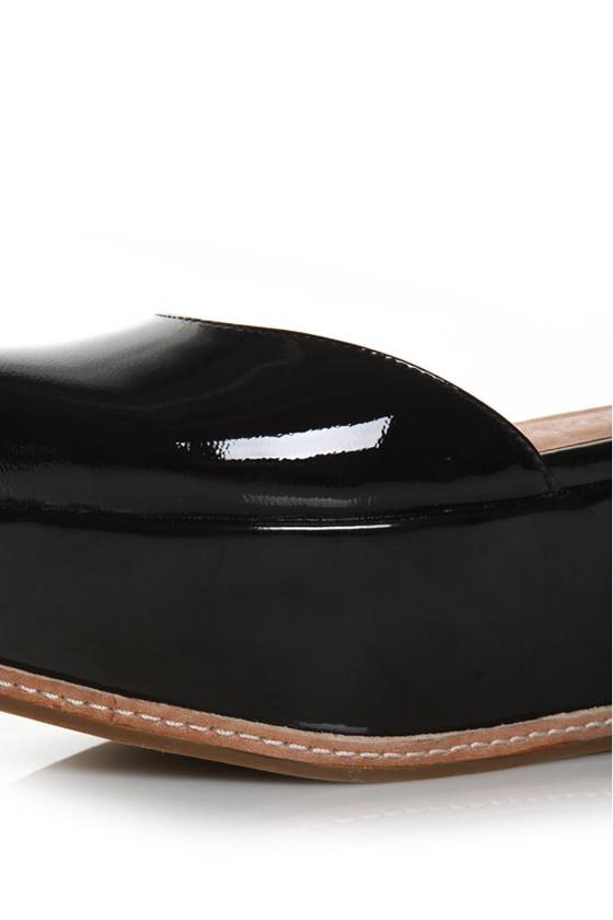 Jeffrey Campbell Suebee Black Patent Platform Sandals