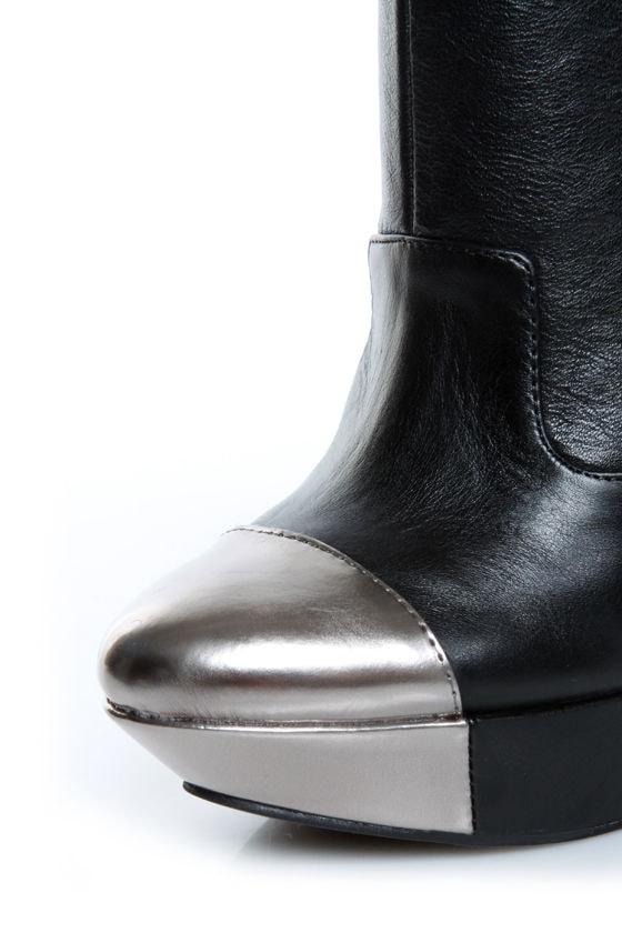 Jessica Simpson Essas Black and Silver Cap-Toe Platform Booties