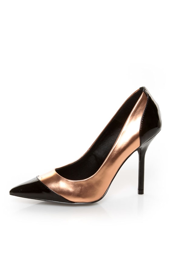 Kelsi Dagger Charley Black and Rose Gold Cap-Toe Pointed Pumps