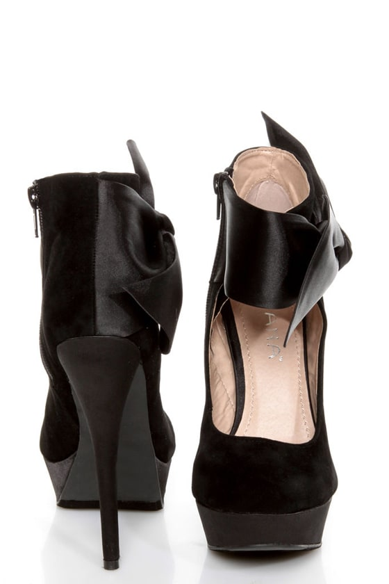 Carissa 13 Black Side Bow Ankle Cuff Platform Pumps at Lulus.com!