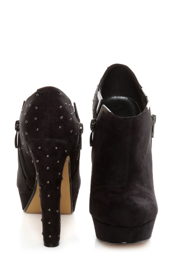 Luichiny I Want It Black Studded Platform Ankle Booties