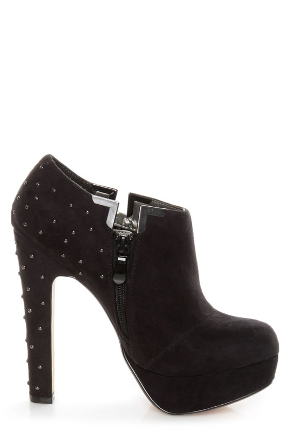 Luichiny I Want It Black Studded Platform Ankle Booties at Lulus.com!