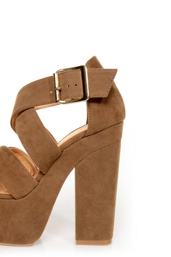 Luichiny Van Buren Camel Super Platform Heels at Lulus.com!