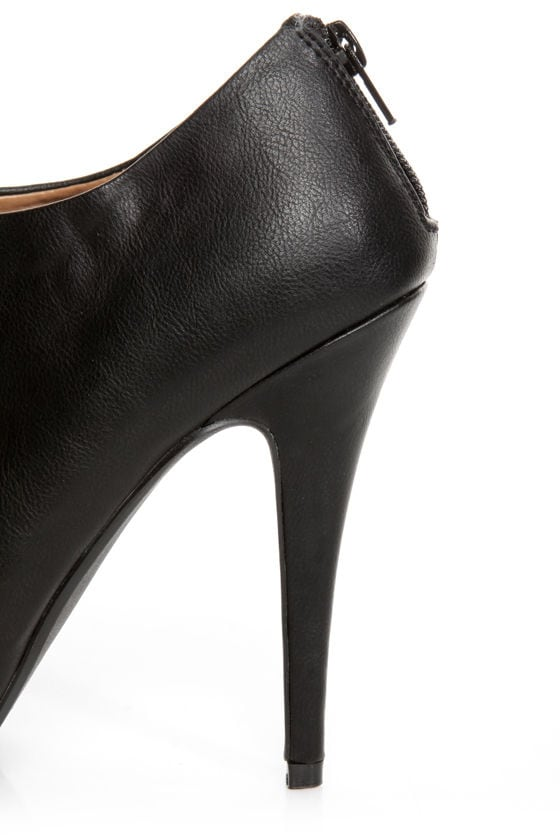 My Delicious Bank Black Shootie Platform Booties at Lulus.com!
