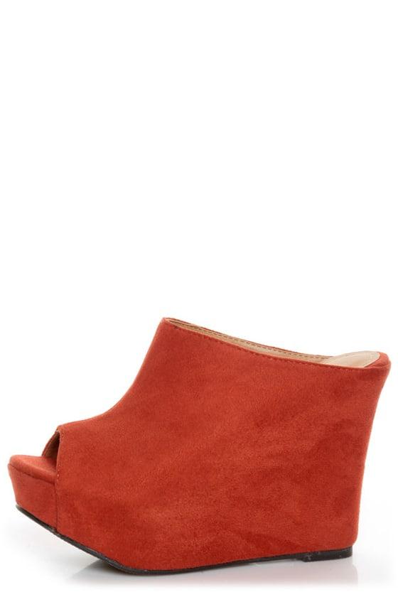 My Delicious Cubic Cinnamon Red Peep Toe Mule Wedges