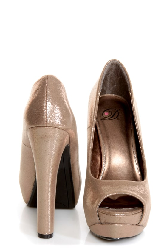 My Delicious Rainer Bronze Shimmer Peep Toe Platform Pumps at Lulus.com!