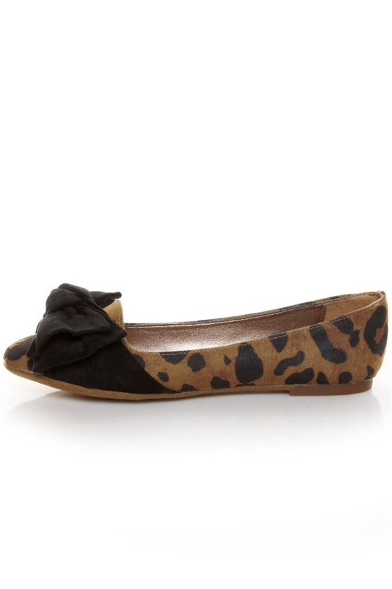 Madden Girl Hyppe Leopard Smoking Slipper Flats