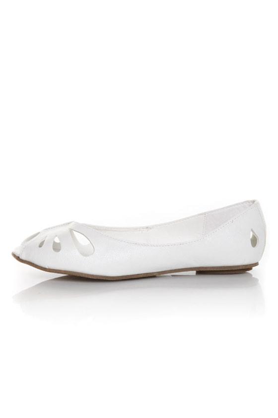 Miss Me Fisher 1 White Cutout Peep Toe Flats