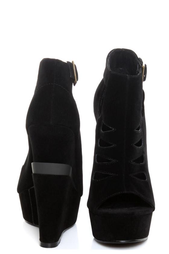 Michael Antonio Garcelle Black Velvet Cutout Platform Wedges