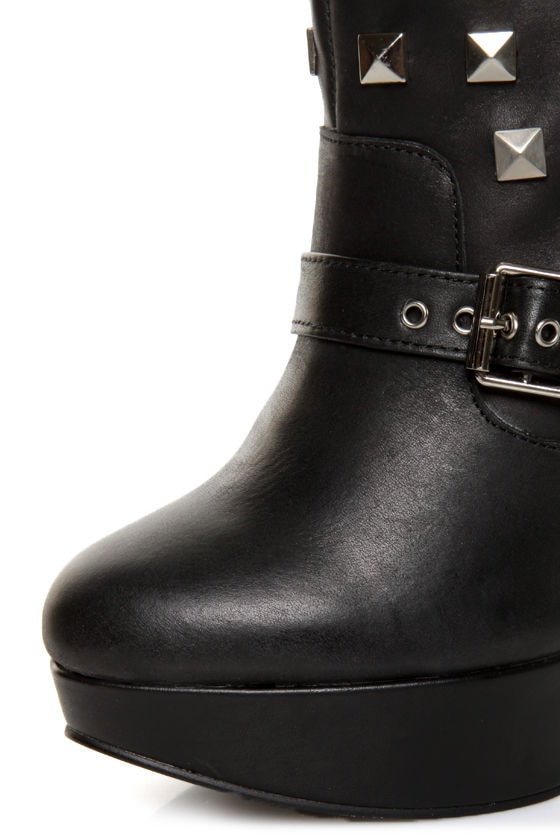 N.Y.L.A Apollo Black Belted and Studded Platform Boots at Lulus.com!